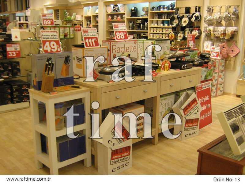 Esse Store Shelves